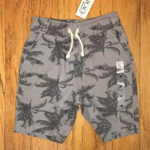 The Children's Place boys size 4 Palm Tree Shorts